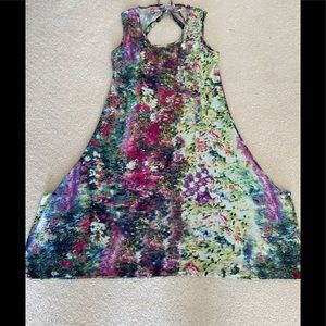 🐠☀️NWOT Parsley and Sage Floral Dress Size Small